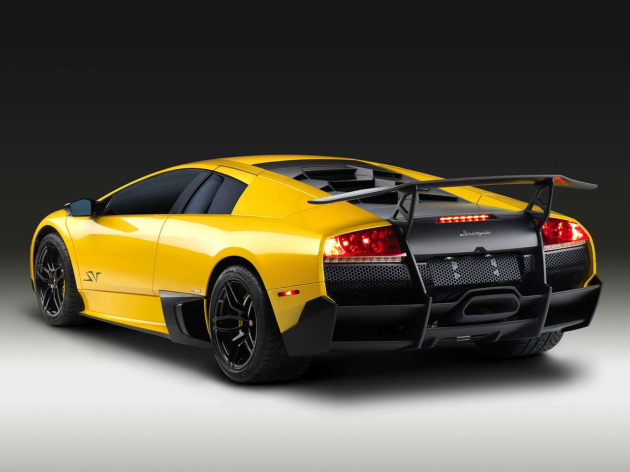 Lamborghini Murcielago Lp670 4 Superveloce Brutale HD Wallpapers Download free images and photos [musssic.tk]