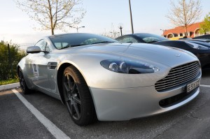 aston-v8-vantage-2
