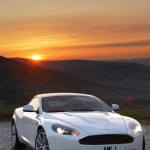 Aston Martin DB9 2011 : Timides volutions