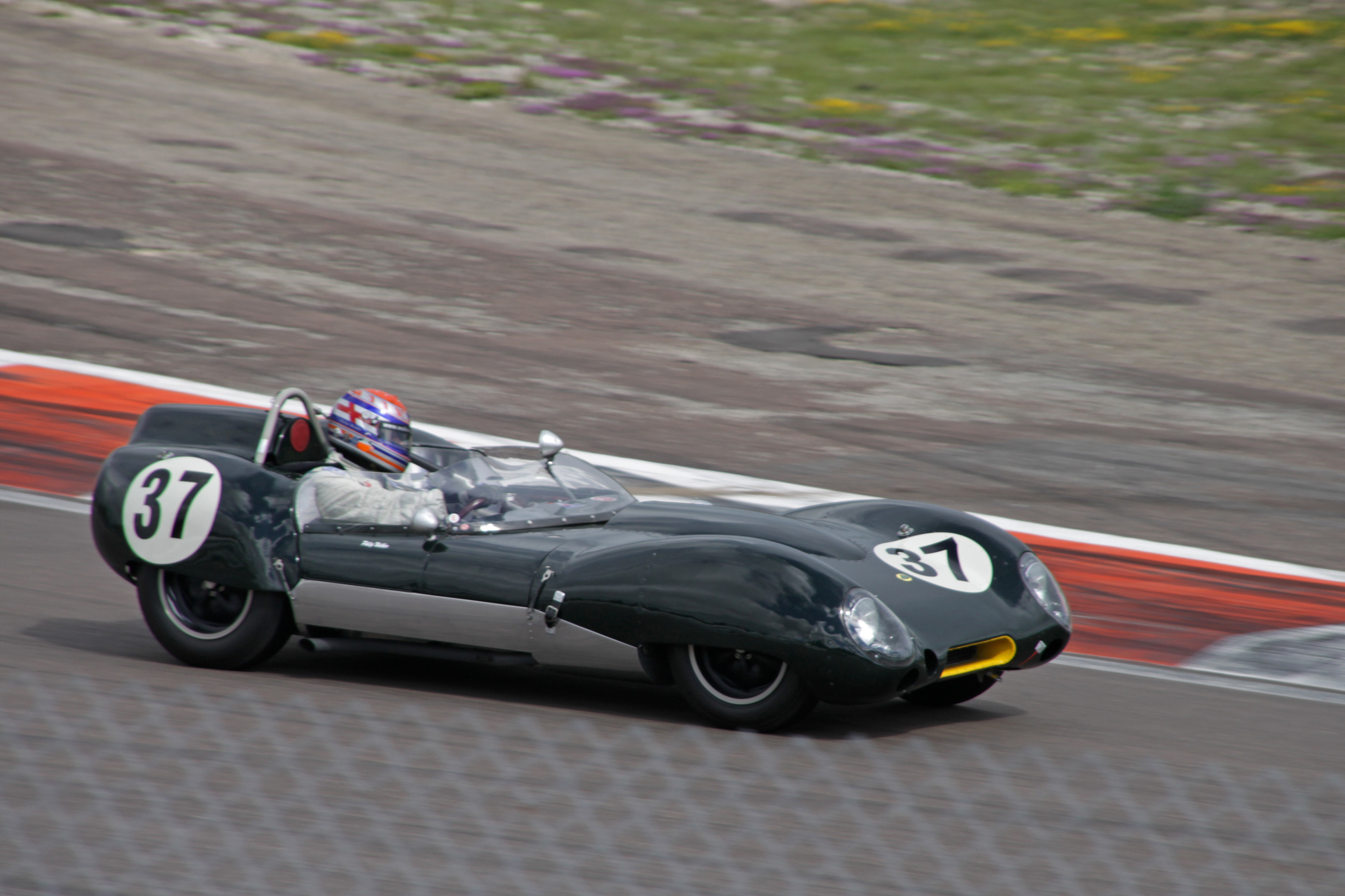 sir-stirling-moss-trophy-lotus-15.jpg