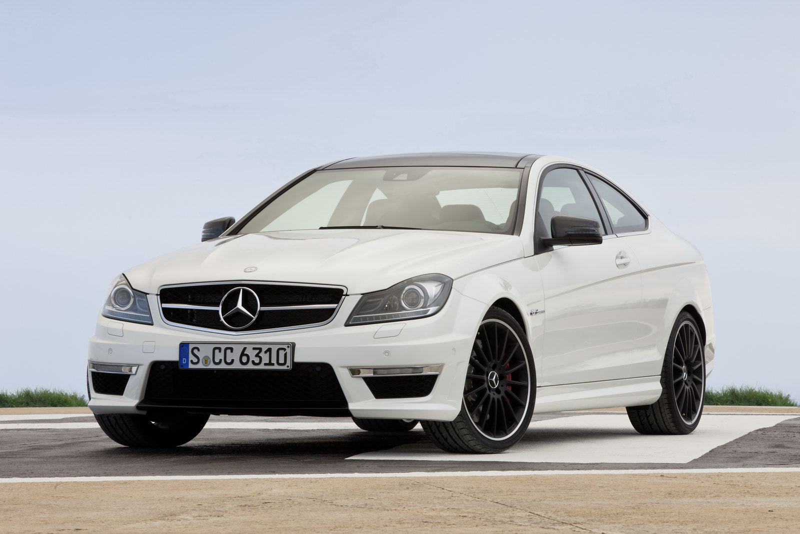 mercedes c63 amg coup plan te. Black Bedroom Furniture Sets. Home Design Ideas