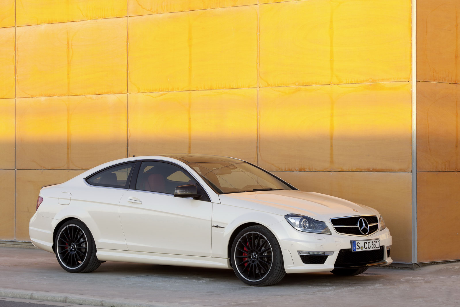 Mercedes c63 amg coup plan te for Mercedes benz c63 amg sedan