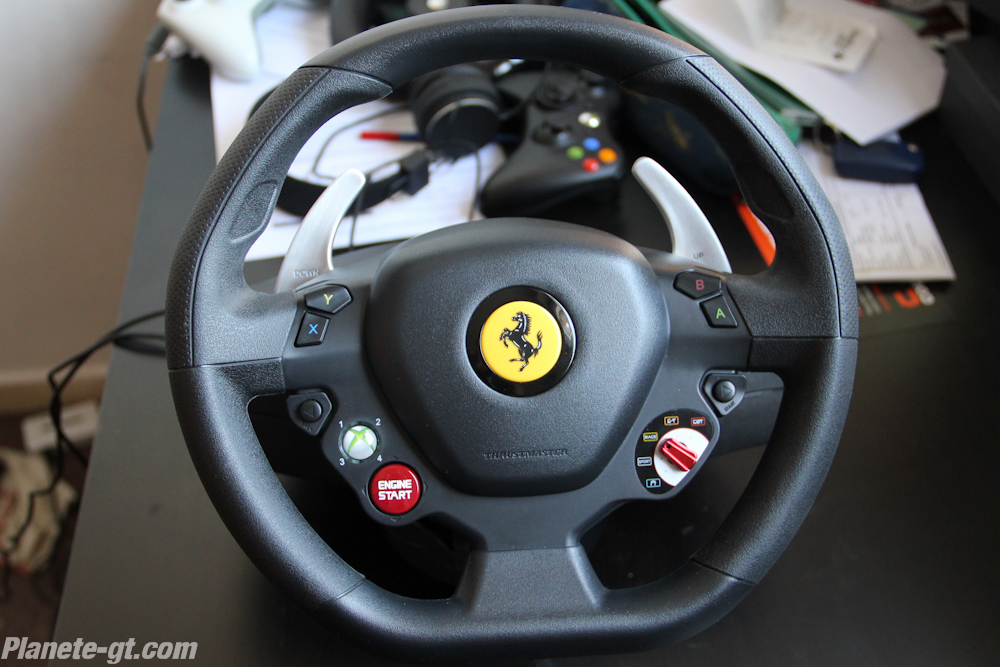 test volant thrustmaster ferrari 458 italia plan te. Black Bedroom Furniture Sets. Home Design Ideas