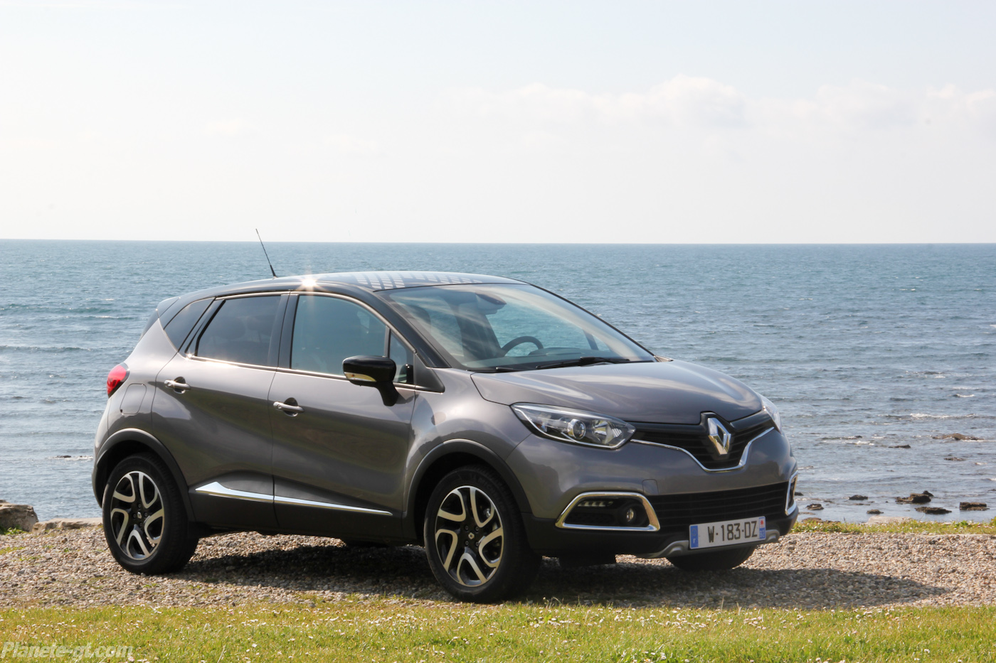 essai video renault captur photos 14 plan te. Black Bedroom Furniture Sets. Home Design Ideas