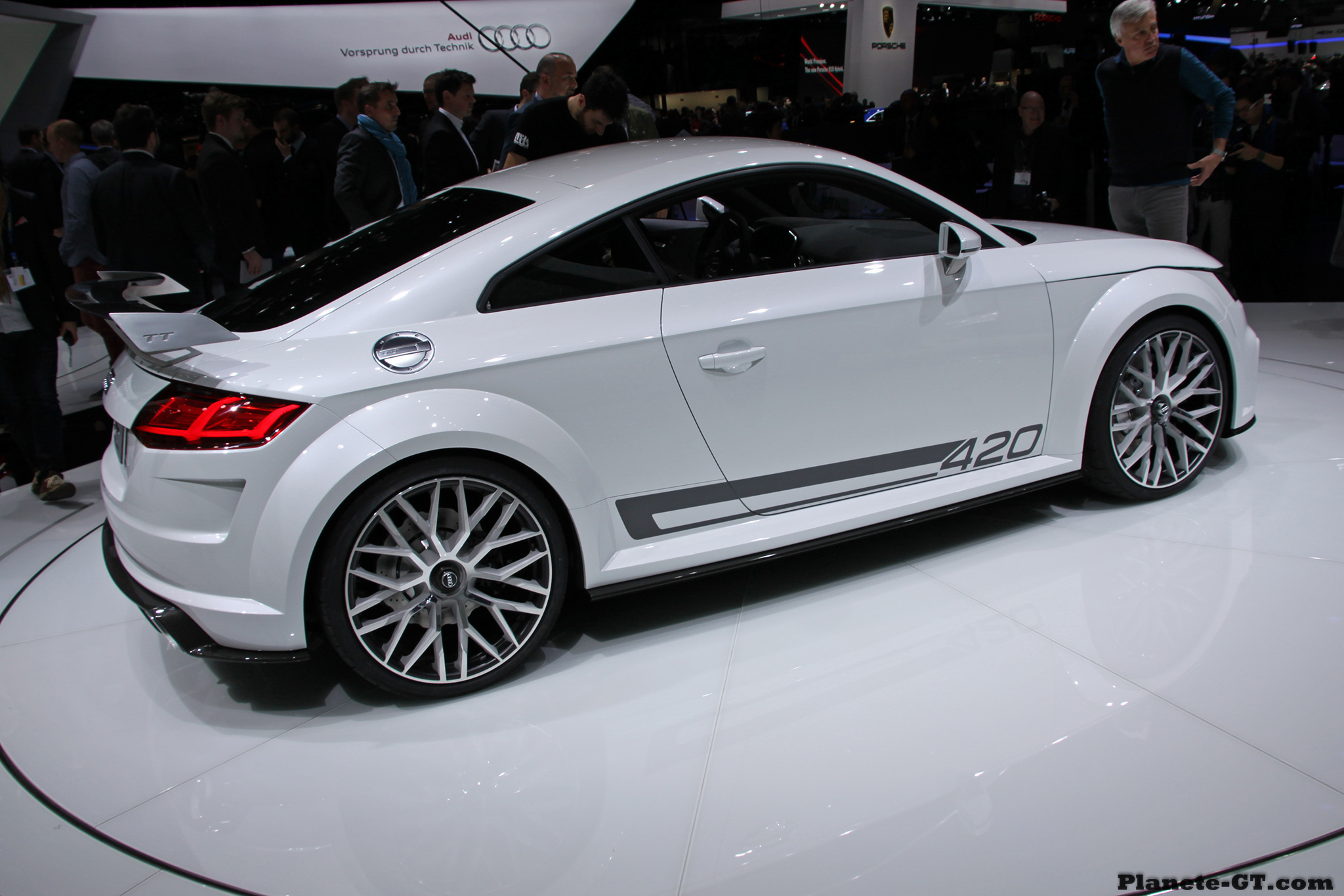 geneve 2014 audi tt quattro sport concept 04 plan te. Black Bedroom Furniture Sets. Home Design Ideas