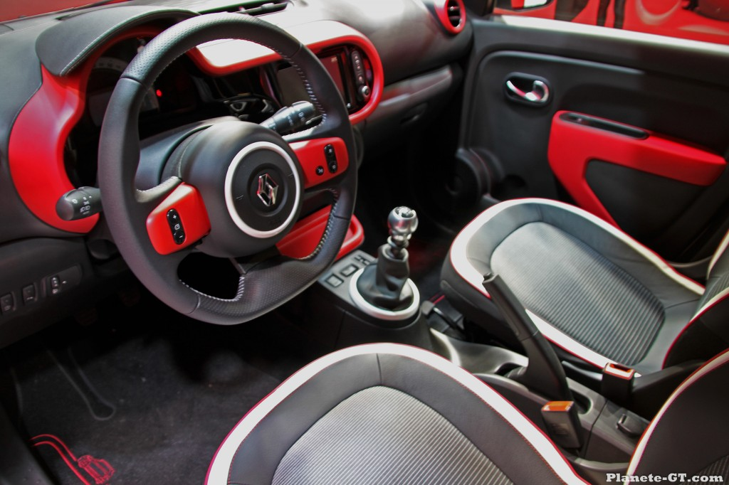 geneve 2014 renault twingo 3 interieur 01 plan te. Black Bedroom Furniture Sets. Home Design Ideas