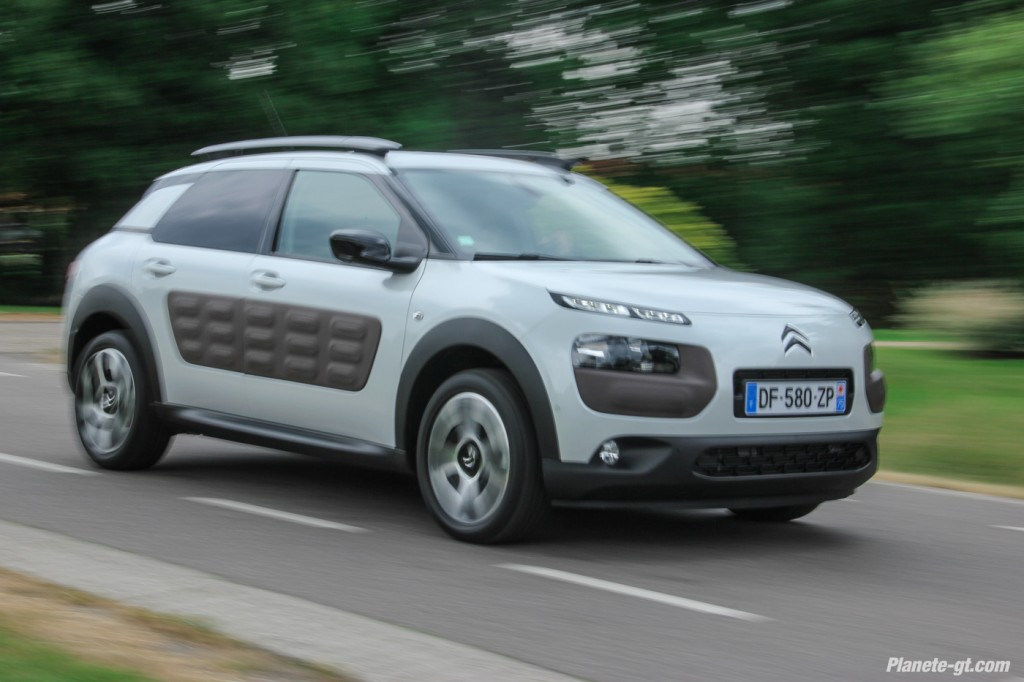 essai video citroen c4 cactus 110 puretech 5 plan te. Black Bedroom Furniture Sets. Home Design Ideas