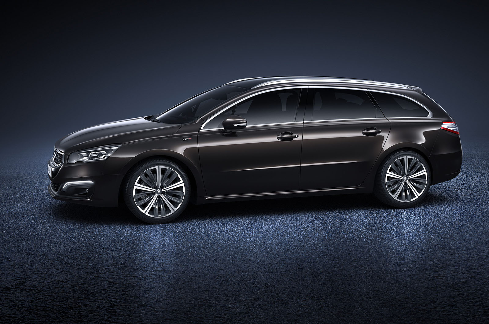 Nouvelle peugeot 508 gt sw 3 plan te for Interieur 508 gt