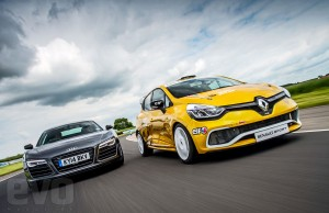 video-audi-r8-vs-renault-clio-cup (1)