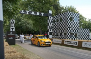 video-ford-focus-st-vs-gran-turismo-6