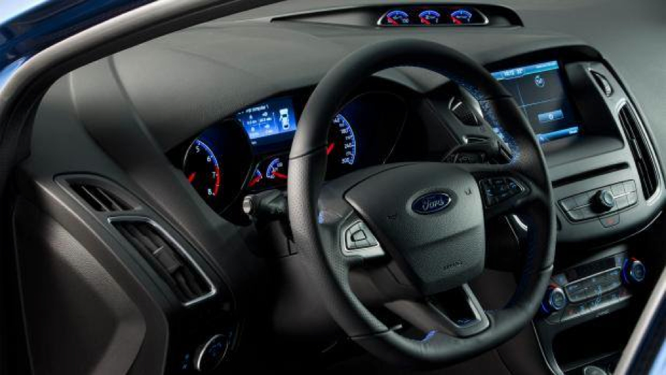 ford-focus-rs-2015-2016 (5)