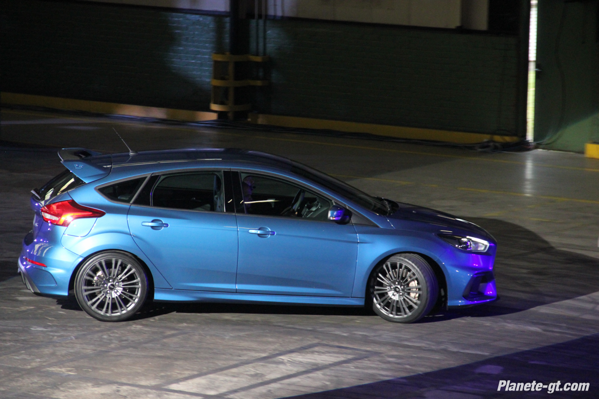 nos photos de la nouvelle ford focus rs plan te. Black Bedroom Furniture Sets. Home Design Ideas