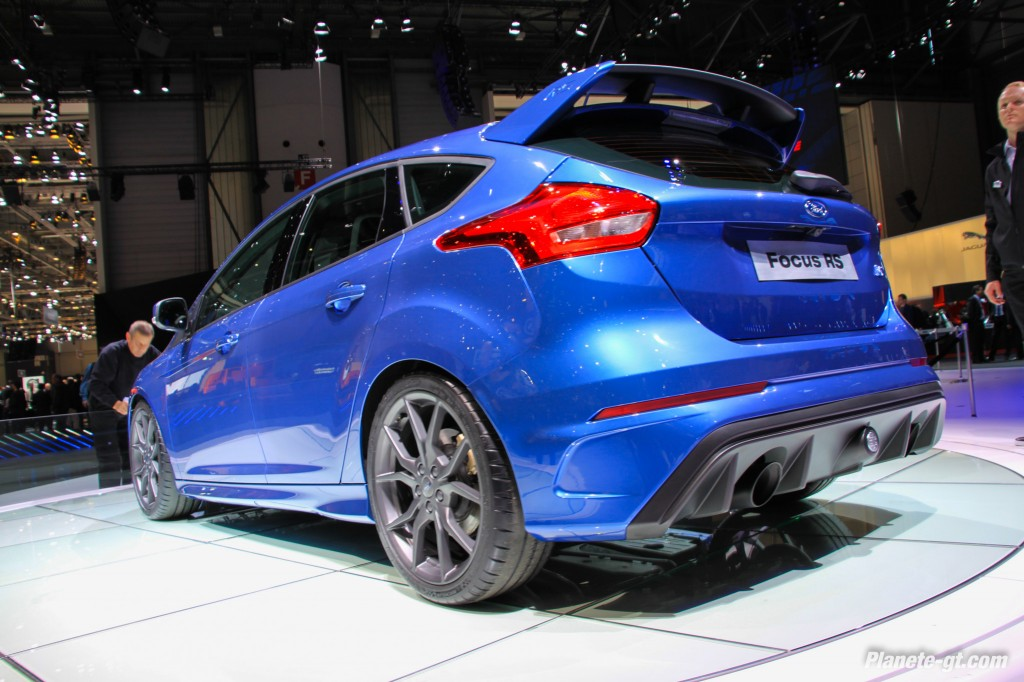 Ford-Focus-3-RS-2015-Geneve-Live-9