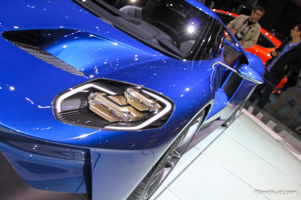 Ford-GT-2015-Geneve-Live-12