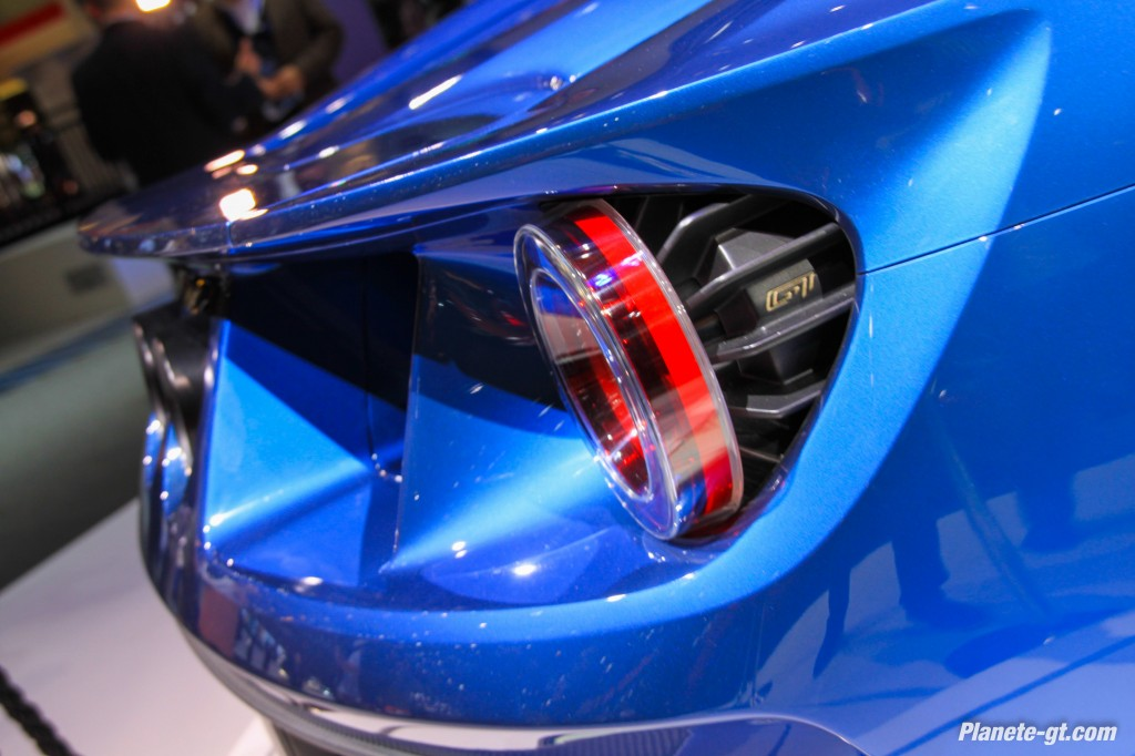 Ford-GT-2015-Geneve-Live-9