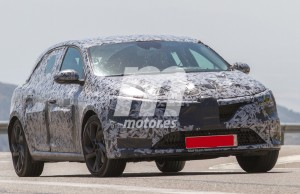 renault-megane-4-rs-spyshots-photos (2)