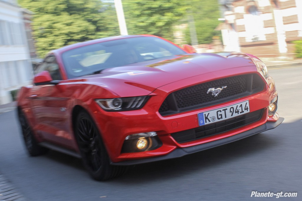 essai-video-ford-mustang-2015-gt-v8 (12)