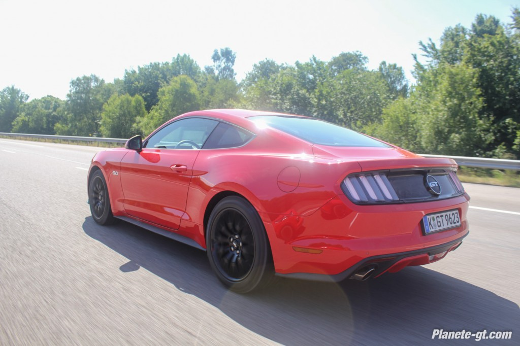essai-video-ford-mustang-2015-gt-v8 (42)