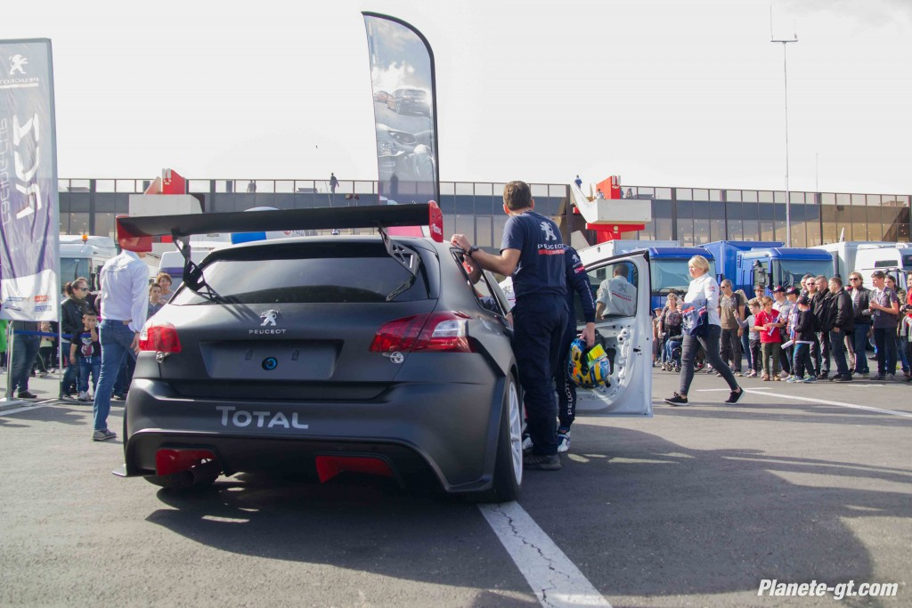 video-peugeot-308-racing-cup-castellet-gt-tour (14)