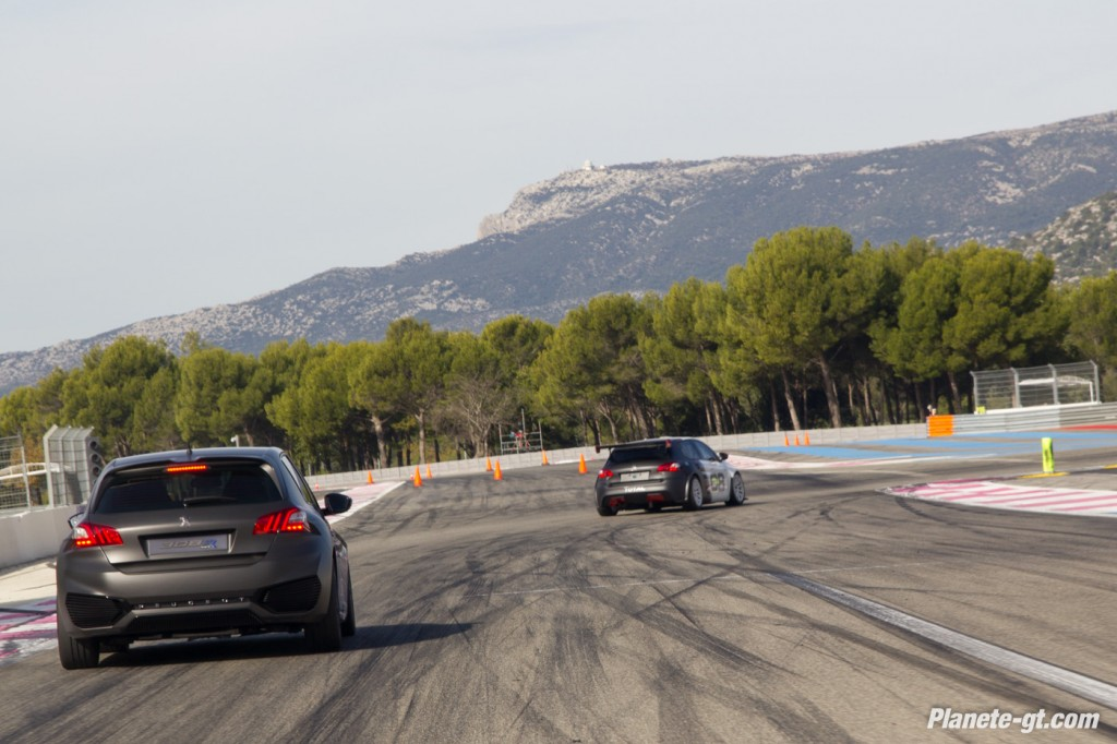 video-peugeot-308-racing-cup-castellet-gt-tour (5)