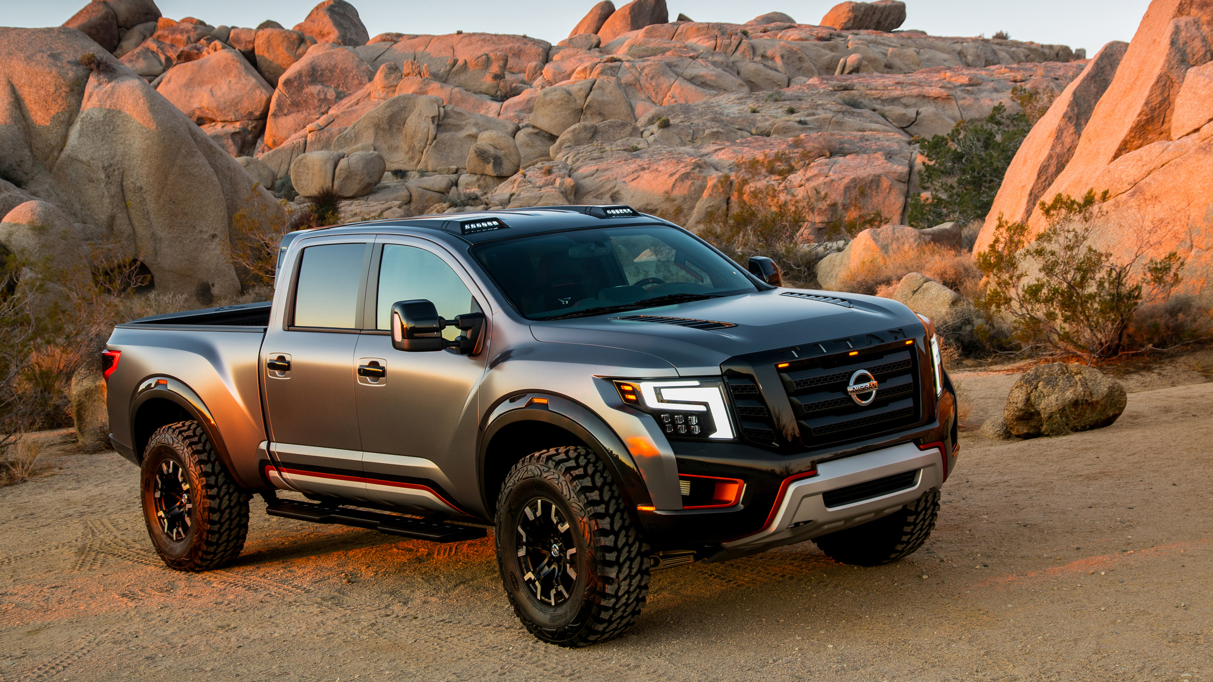 nissan titan warrior concept chasseur de raptor. Black Bedroom Furniture Sets. Home Design Ideas