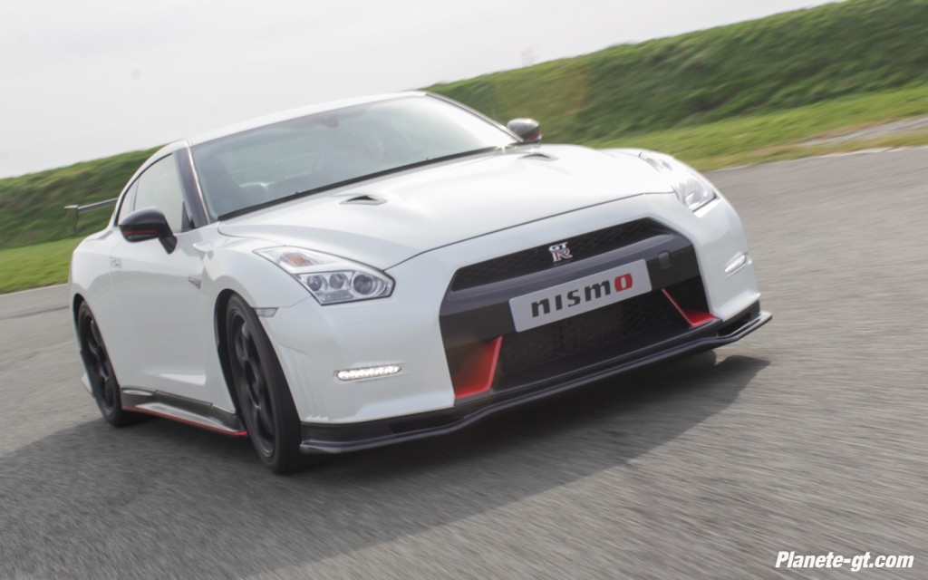 essai-video-nissan-gtr-nismo-circuit-600-ch (5)