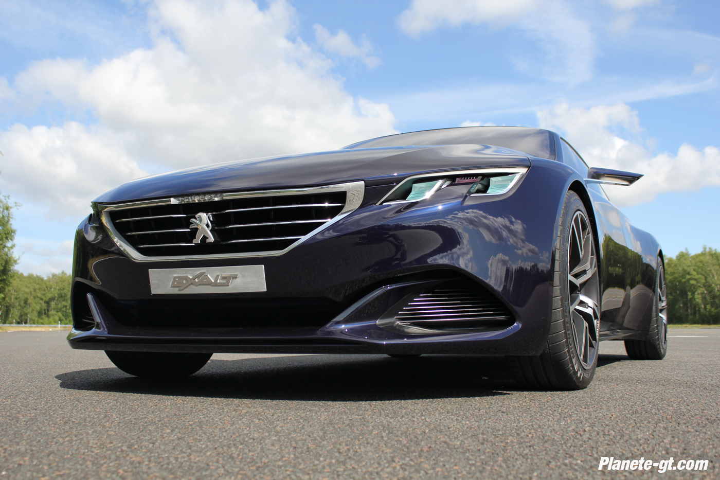 Peugeot-exalt-concept-presentation-video-utac-ceram-photos (9)