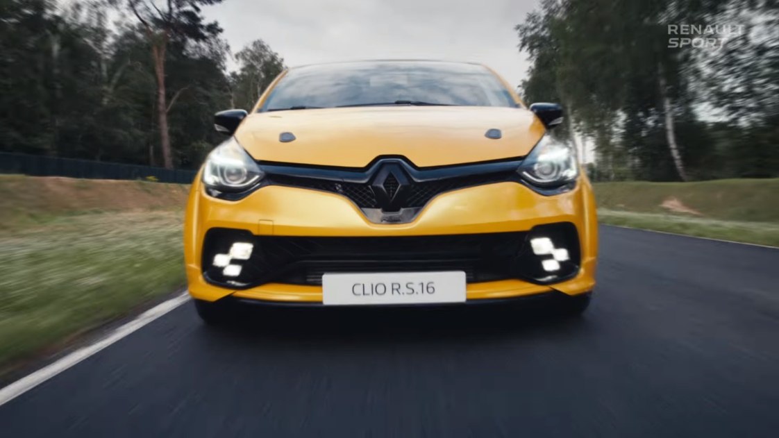 renault-sport-clio-rs16-video-commercialisation