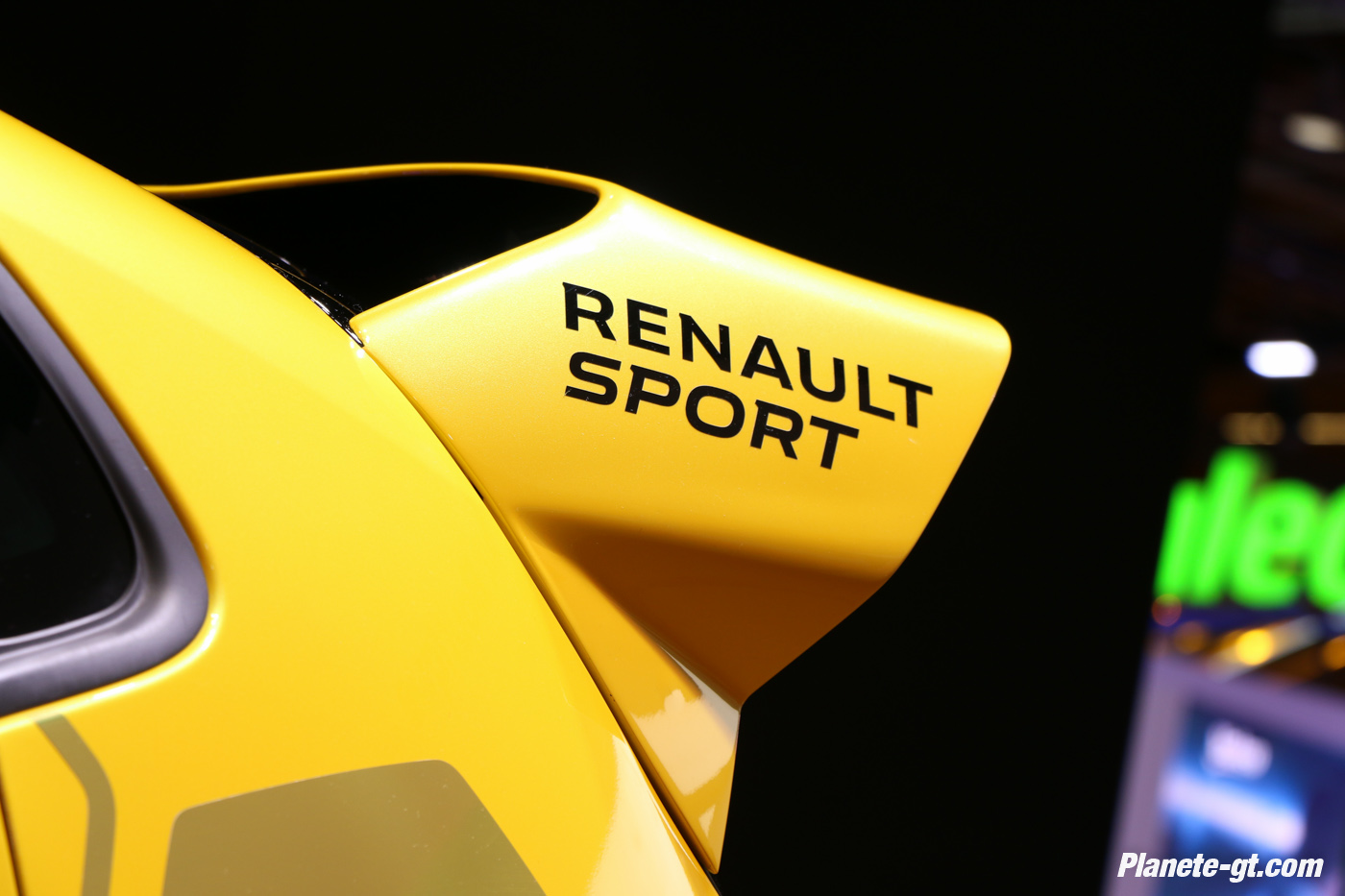 presentation-video-clio-rs16-renault-sport (11)
