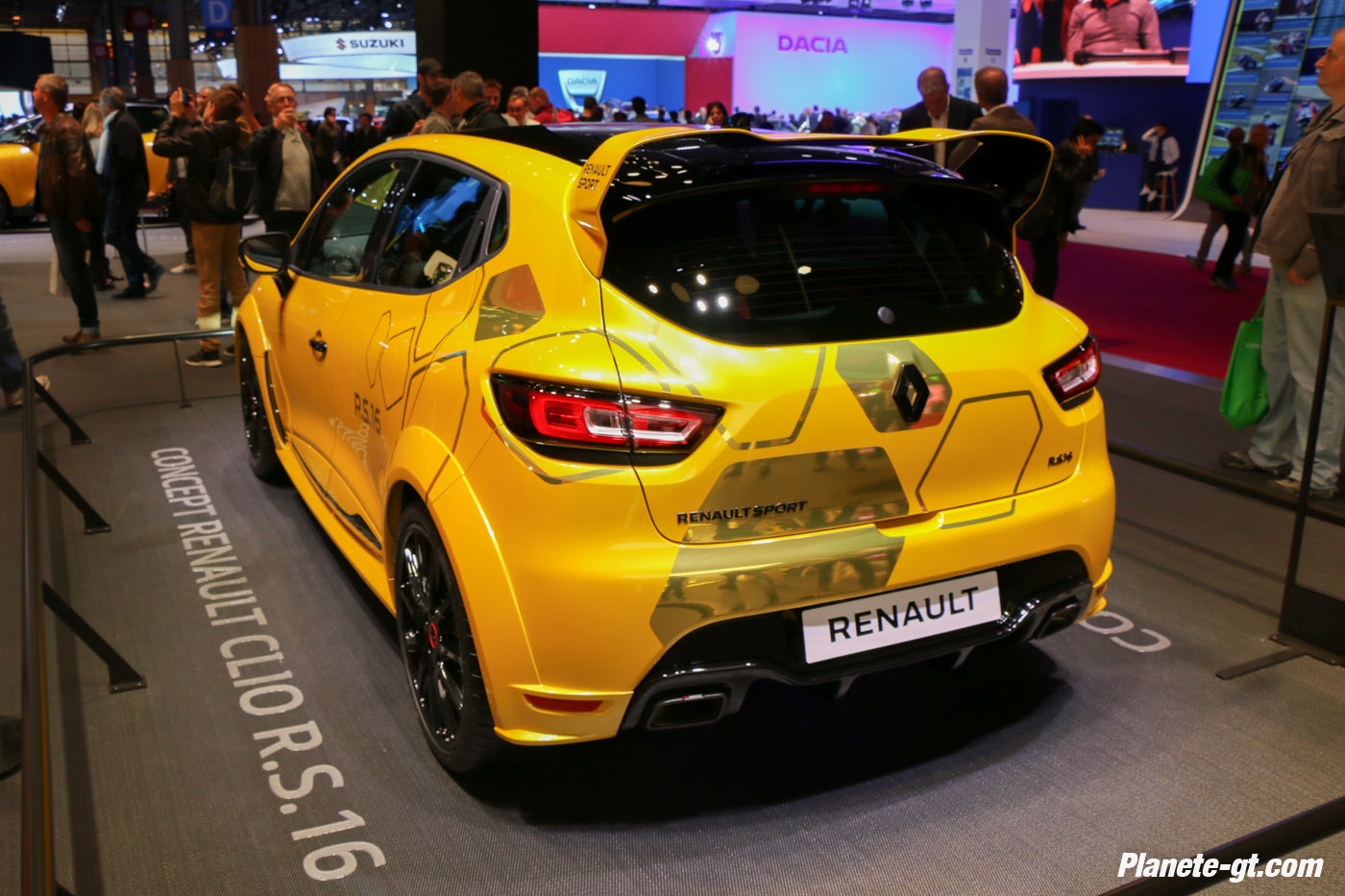 presentation-video-clio-rs16-renault-sport (9)