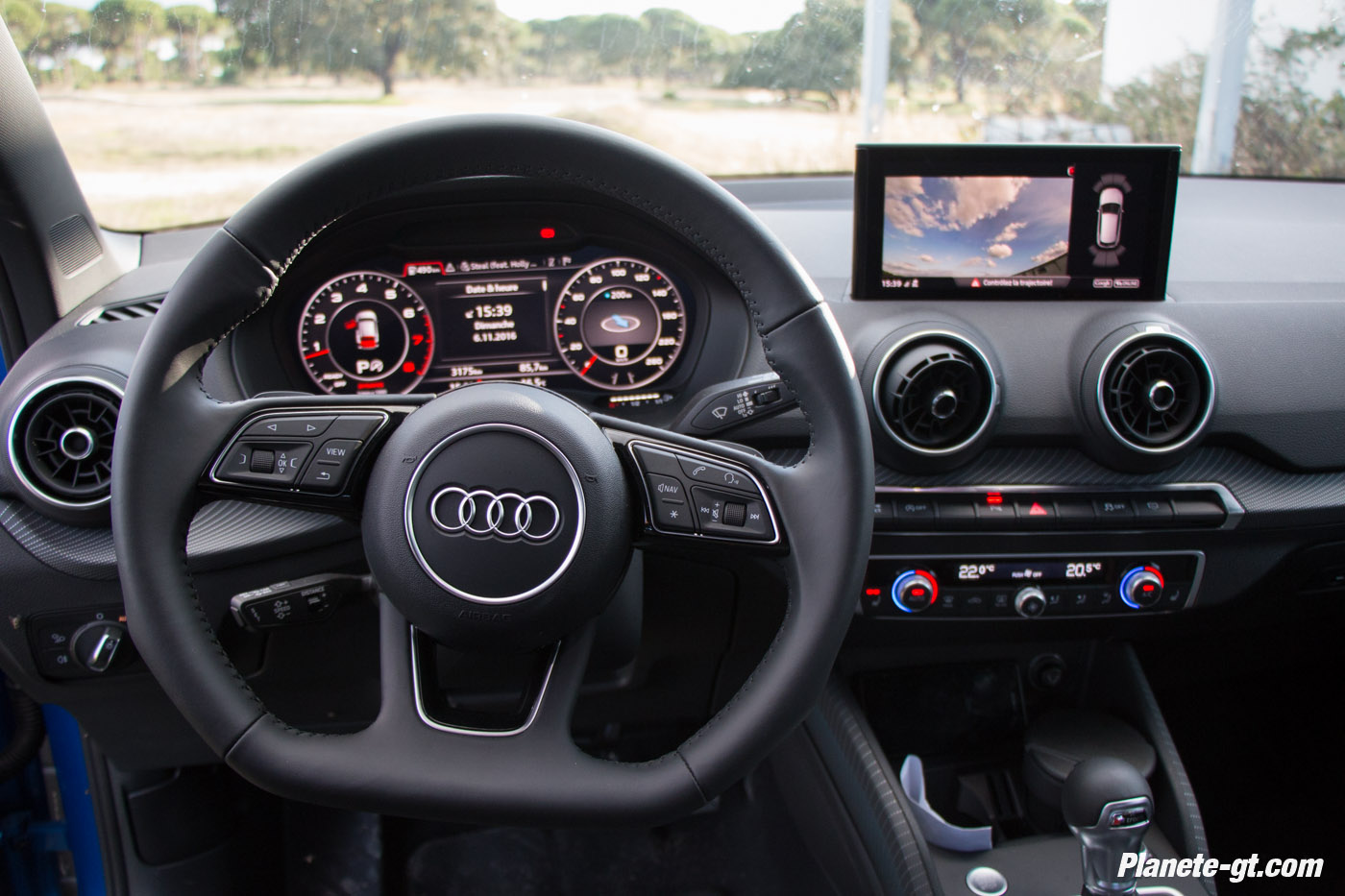 essai video audi q2 interieur virtual cockpit 20 plan te. Black Bedroom Furniture Sets. Home Design Ideas