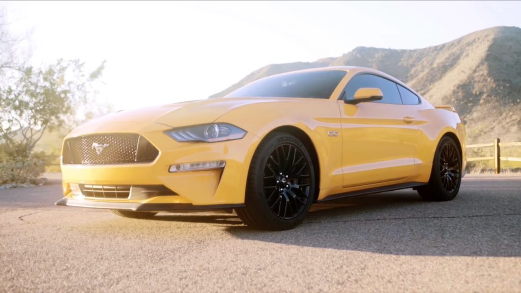 ford-mustang-2017-gt-v8-leak-video-3-2