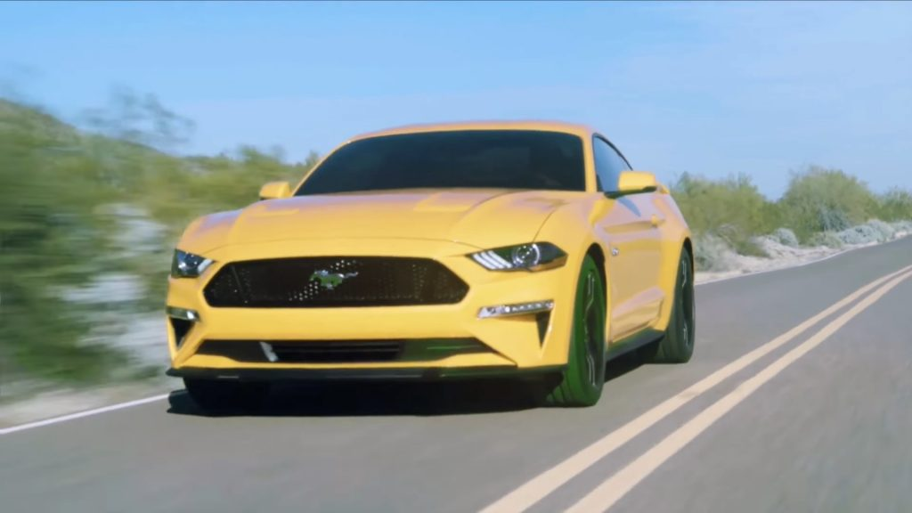 ford-mustang-2018-gt-v8-leak-video-1