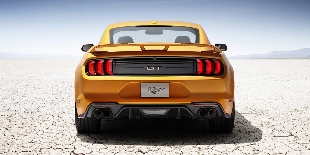 ford-mustang-gt-2018-photos-videos-specs-4